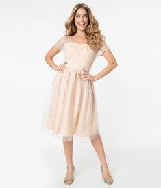 Sparkling Stars, Modern Pin Up, Cocktail Attire, Vintage Inspired Dresses, Hat Hairstyles, Trendy Clothes For Women, Unique Dresses, Swing Dress, Party Dress