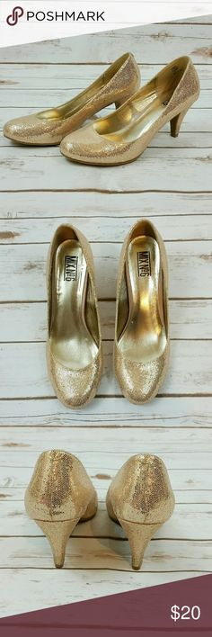 Mix No.6 gold glitter heels These gold glitter heels are sparkly! 3 inch heel Mix No.6 Shoes Heels
