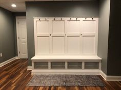 Built In Lockers, Built In Bench, Built In Cabinets, Mudroom Cabinets, Pantry Laundry Room, Room Additions, Built In Wardrobe, Reno, Metal Homes