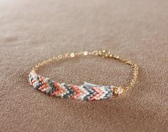 friendship bracelet gone glam. How about it Simon Simon LaPine Hamilton! Handmade Jewelry Tutorials, Diy Jewelry, Jewelery, Jewelry Accessories, Jewelry Making, Geek Jewelry, Bridal Jewelry, Fashion Jewelry, Woven Bracelets
