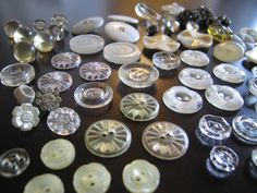 some more vintage buttons :)