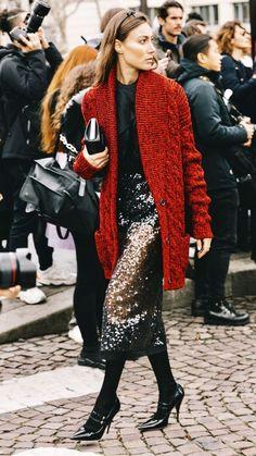 Fashion week 2018 Street style looks. Fashion girls and models. IN FASHION daily 40 Fashion Week Looks Black Women Fashion, Girl Fashion, Fashion Outfits, Womens Fashion, Daily Fashion, Fashion Beauty, Fashion Tips, Fashion Trends, Look Street Style