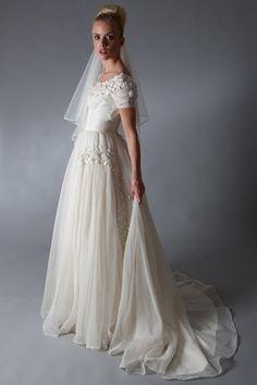 60s italian wedding dress. vail is nice
