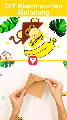 🐒 Mach Deine Einladung zum #Kindergeburtstag im #Dschungel einfach selbst! Wie wäre es mit dieser süßen Klammeraffen #Einladungskarte? Den Affen können die Kinder anschließend als Lesezeichen weiterverwenden.   Die Bastelanleitung findest Du auf unserem Blog: balloonas.com/blog.   Viel Spaß beim Basteln! Dein balloonas Team    #DIY #basteln #bastelnmitkindern #Dschungelgeburtstag #Safarigeburtstag #Affeneinladung #Kinderparty #Einladung #Bastelanleitung #Dschungelparty #balloonas Monkey Invitations, Diy Birthday Invitations, Lion King Party, Lion King Birthday, Diy Projects For Beginners, Safari Party, Fun Hobbies, Engagement Ring Cuts, Toddler Crafts
