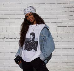 See more ideas about Hip-hop style, Streetwear and Hip hop Form. Tomboy Outfits, Mode Outfits, Retro Outfits, Trendy Outfits, Vintage Outfits, Girl Outfits, 90s Hip Hop Outfits, Throwback Outfits, Aaliyah Outfits