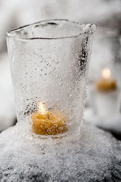 I'm going to have to make some of these!  Ice Lanterns