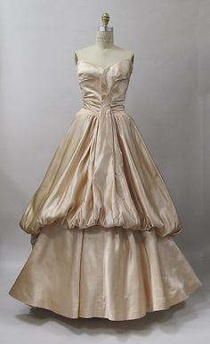 Ball gown Designer: Charles James (American, born Great Britain, 1906–1978) Date: 1947 Culture: American Medium: silk Credit Line: Purchase, Costume Institute Benefit Fund, Friends of The Costume Institute Gifts, and Acquisitions Fund, 2013
