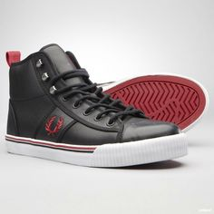new arrival 5c555 161a9 Fred Perry. high. black with red and white Fred Perry, Skateskor