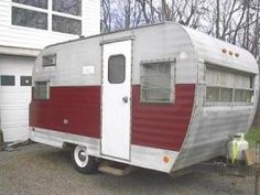 Antique Vintage Old 1967 FAN 16' Travel Trailer