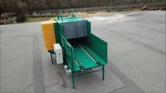 Cutting machine for straw and hay. Round and square bale breaks down,used for feeding. Bonsai, String Garden