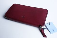 Neri Wallet in berry red