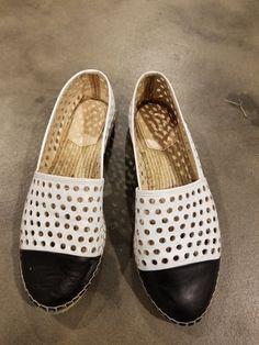 2ea1c8ea3a4 Loeffler Randall Espadrille Flats Black and white Leather Size 10
