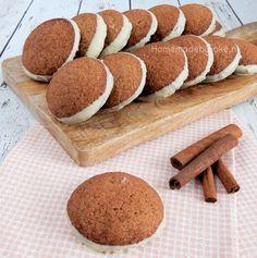 Vandaag een recept uit Het Laura's Bakery Bakboek, de kaneelkoekjes met witte chocolade. Een heerlijk koekje wat helemaal niet ingewikkeld is om te maken.