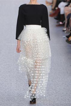 Chloe Runway 2013 Tulle Mesh Maxi Skirt and Top Style Couture, Couture Mode, Couture Fashion, Fashion Models, High Fashion, Sequin Kimono, Bodycon Midi Skirt, Maxi Skirt Outfits, Rock