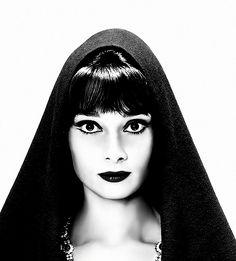 Audrey Hepburn by Richard Avedon, 1961.