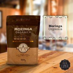 La Moringa tiene muchos beneficios y es rica en nutrientes, tiene 10 veces mas vitamina A que la Zanahoria, 25 veces mas hierro que la espinaca, 17 veces mas calcio que la leche, 46 antioxidantes entre muchos otros beneficios.