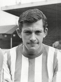 John Fantham: Football star who scored more than 160 goals for