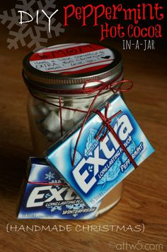 DIY Gifts: Peppermint Hot Cocoa in-a-Jar #ExtraGumMoments #CBias #spon