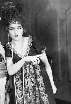 marypickfords:  Mary Pickford in Rosita, 1923.