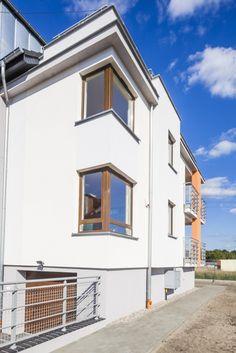 Okna PVC narożna od Stolmar dla bloku w Bydgoszczy.