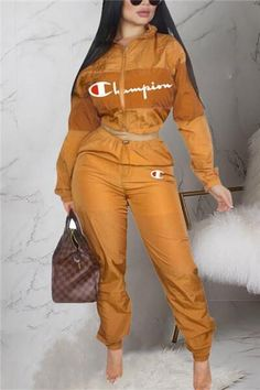 Look absolutely stylish yet totally on-trend in this,for more models and styles please check our Two piece outfits section. Swag Outfits For Girls, Cute Swag Outfits, Sporty Outfits, Teenager Outfits, Nike Outfits, Trendy Outfits, Fashion Outfits, Style Fashion, Ropa Interior Calvin