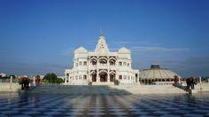 Prem Mandir - The Temple of Divine Love. Temple, Beautiful Places, Louvre, India, Building, Travel, Goa India, Viajes, Temples