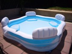 viac ne 1000 n padov opiscine gonflable na pintereste rouge une piscine a. Black Bedroom Furniture Sets. Home Design Ideas