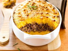 Parmentier of duck with pumpkin - Trend Appetizer Fine Dining 2019 Plat Halloween, Appetizer Recipes, Appetizers, Pumpkin Recipes, Fine Dining, Macaroni And Cheese, Food Porn, Food And Drink, Yummy Food