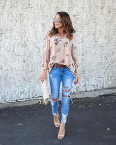 Loren Floral Top - Taupe