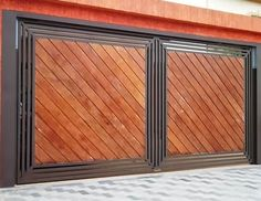 These driveway gate design ideas are totally inspiring and will drop your jaw! Home Gate Design, House Main Gates Design, Steel Gate Design, Metal Design, Front Gate Design, Fence Design, Garage Design, Main Entrance Door, Modern Entrance