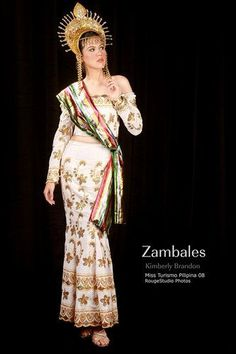 Another philippine costume WW - Loshari Ref Philippines Outfit, Philippines Fashion, Philippines People, Modern Filipiniana Dress, Filipino Fashion, Tribal Costume, Ethnic Fashion, Historical Clothing, Traditional Dresses