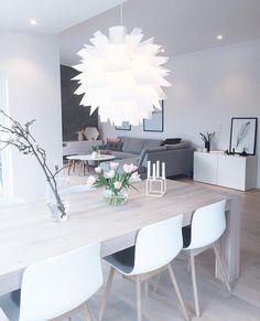 Lyst kjøkken, skandinavisk minimalisme