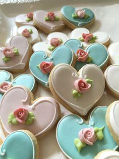 Assorted Color Heart Cookie Favor Wedding by MarinoldCakes 24 Pieces Assorted Color Heart Cookies Favor Wedding by MarinoldCakes Fancy Cookies, Heart Cookies, Cute Cookies, Iced Cookies, Royal Icing Cookies, Cookies Et Biscuits, Cupcake Cookies, Sugar Cookies, Flower Cookies