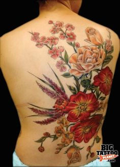 This is a GORGEOUS tat!  Tattoo Idea. It doesn't look like this has a lot of black outline-- I like that.