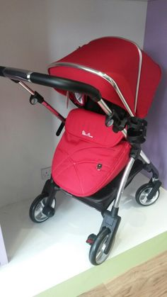 Silver cross Wayfarer. Includes chassis, carrycot, seat unit, choice of colours - £499.00