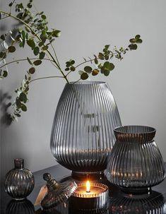H&M Home : notre sélection déco à moins de 40 € - Elle Décoration Large Glass Vase, Clear Glass Vases, Cut Glass, Vases En Verre Transparent, Grand Vase En Verre, Grands Vases, H&m Home, Boho Living Room, Glass Holders