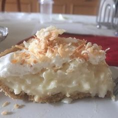 Advertisements I love coconut cream pie, but oftentimes, I feel like the coconut flavor is lost in the vanilla pastry cream filling. This coconut cream pie recipe enhances the coconut… Old Fashioned Coconut Cream Pie Recipe, Pie Dessert, Dessert Recipes, Cake Recipes, Just Desserts, Delicious Desserts, Vegan Desserts, Coconut Custard Pie, Coconut Flour