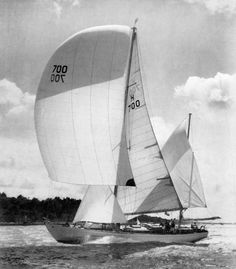 Pre Withbread Ocean racing the famous 'STORMVOGEL' - of C. Bruynzeel (Buynzeel Plywood) who started the race program by commissioning 3 top designers; Laurent Giles, E. Van De Stadt, and Illingworth and Primrose. Sailing Yachts, Sailing Ships, Sail Racing, Classic Sailing, Vintage Boats, Yacht Design, Sail Away, The Old Days, Wooden Boats