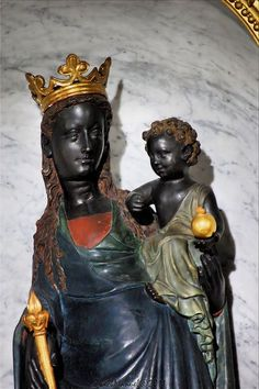 Black Madonna, Vierge Noire (2) | Flickr - Photo Sharing! Religious Images, Religious Icons, Religious Art, Divine Mother, Blessed Mother Mary, St John's Church, La Madone, Black Jesus, Images Of Mary