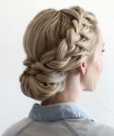 Braids Up Dos Idea 42 braided prom hair updos to finish your fab look braided Braids Up Dos. Here is Braids Up Dos Idea for you. Braids Up Dos 42 braided prom hair updos to finish your fab look braided. Braids Up Dos 41 beautifu. Braided Prom Hair, Braided Updo, Hairstyle Braid, Bridesmaid Hair Updo Braid, French Braid Updo, Low Chignon, Wedding Updo With Braid, Makeup Hairstyle, Fishtail Plaits