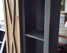 New distressed bathroom cabinets black Ideas Rustic Farmhouse Furniture, Primitive Furniture, Country Furniture, Pine Furniture, Cabinet Furniture, Bathroom Furniture, Tv Console Cabinet, Barn Door Cabinet, Rustic Storage Cabinets