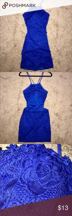 Blue Floral Lace Dress Royal blue colored floral lace dress. Perfect for any formal event. Only worn once and in perfect condition! Size medium and from Forever 21. Forever 21 Dresses Mini