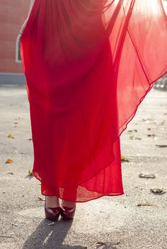 Mng red dress Happy New Year Everyone, Red Lipsticks, Philosophy, Dresses, Vestidos, Dress, Philosophy Books, Gown, Outfits
