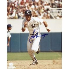 Bucky Dent Autographed New York Yankees 8X10 Photo, As Shown