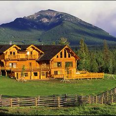 Colorado! I want to live here! Or maybe Montana or Wyoming - just somewhere in the middle of no where!