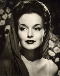 A  1940s portrait of actress Dorothy Hart.