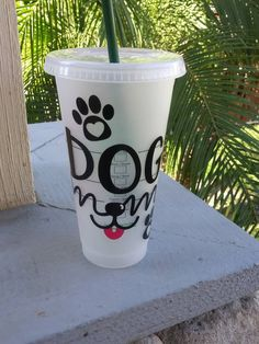 Your place to buy and sell all things handmade Personalized Starbucks Cup, Custom Starbucks Cup, Personalized Cups, Bday Gifts For Mom, Flower Shadow Box, Diy Tumblers, Custom Cups, Cup Design, Vinyl Crafts