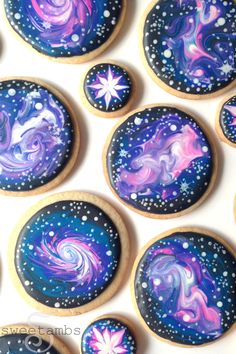 How To Decorate Galaxy Cookies With Royal Icing! - How To Decorate Galaxy Cooki. - How To Decorate Galaxy Cookies With Royal Icing! – How To Decorate Galaxy Cookies With Royal Ici - Galaxy Party, Galaxy Cake, Food Galaxy, Galaxy Cupcakes, Sugar Cookie Royal Icing, Cookie Icing, Royal Icing Decorated Cookies, Cookie Decorating Icing, Galaxy Desserts