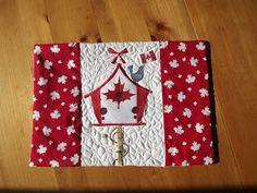 Canada day Quilting Tutorials, Quilting Projects, Sewing Projects, Quilting Ideas, Sewing Ideas, Small Quilts, Mini Quilts, Canadian Quilts, Quilts Canada