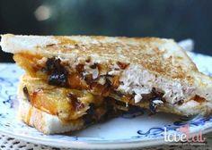 Сендвич с тунцом и сыром